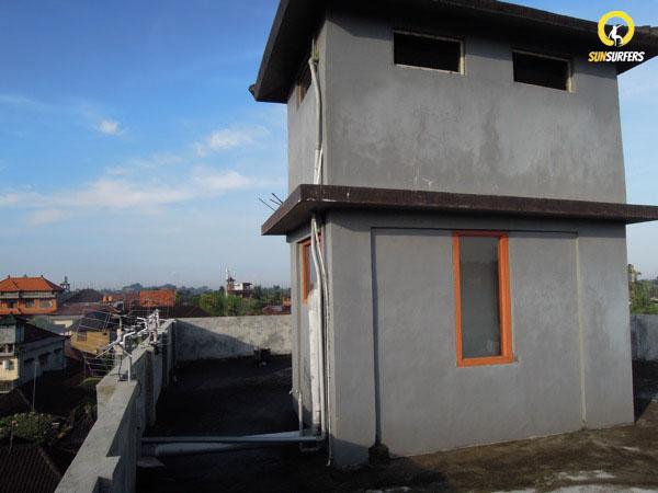 Крыша в гестхаусе Suarsena