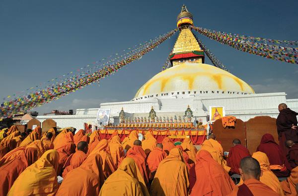 Ступа Боднатх в столице Непала — Катманду