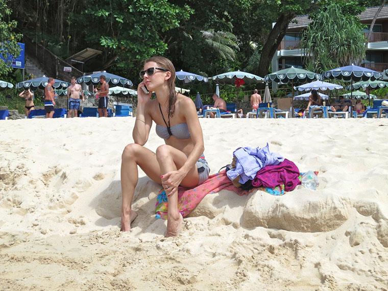 Настя на пляже Ката Ной