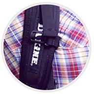 Широкие плечевые лямки туристического рюкзака