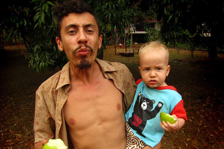 Макс — samlowry с ребёнком