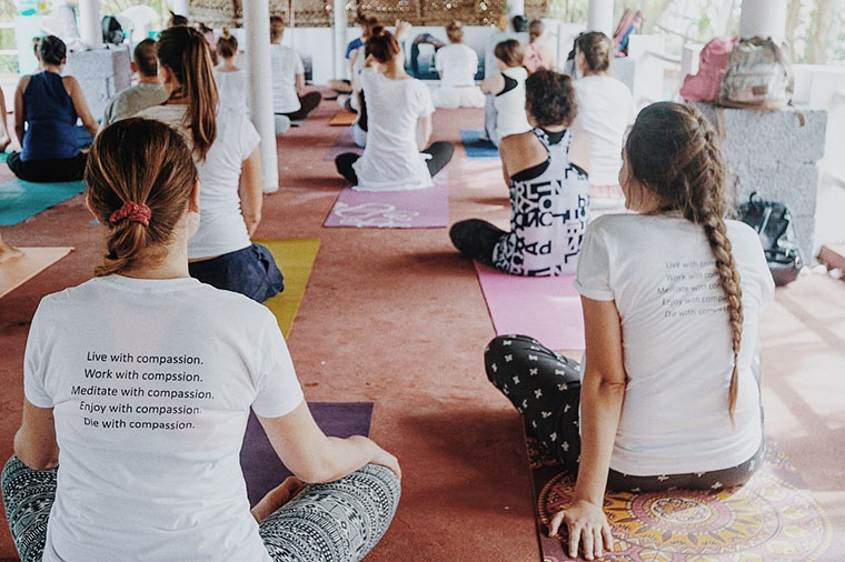 Йога-ретрит в Индии