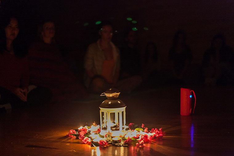 Киртан — коллективное пение мантр