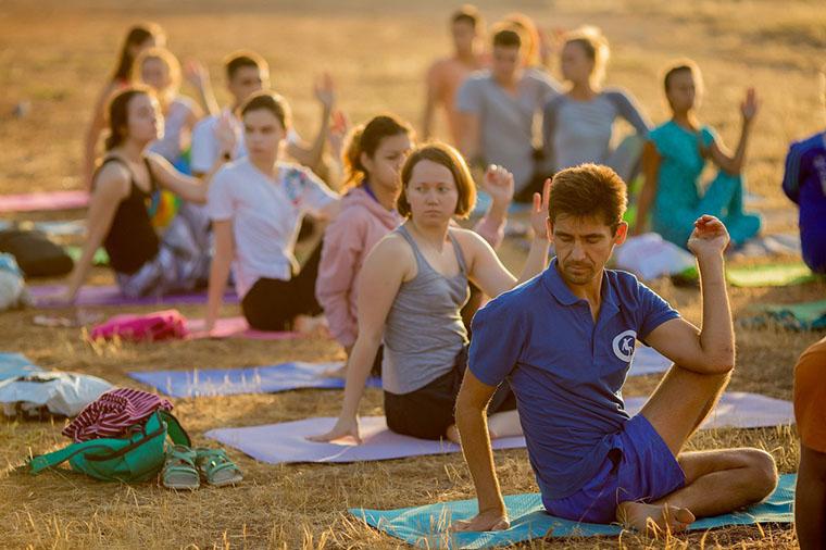 Йога на Университете #Sunsurfers