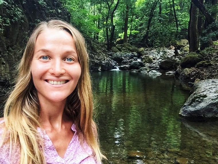Путешествие по экодеревням мира —Саша Уикенден
