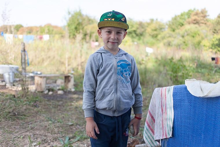 Дети в экодеревне #Sunsurfers в Грузии